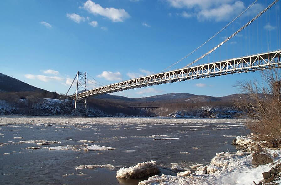 Bear Mountain Bridge, Orange and Westchester Counties, NY. Carman-Dunne, P.C. performed a singularly precise monitoring survey of the towers, cables, and anchorage units.